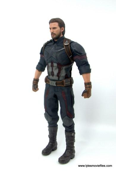 Hot Toys Avengers Infinity War Captain America figure review - left side