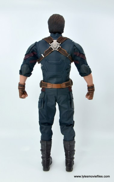Hot Toys Avengers Infinity War Captain America figure review - rear