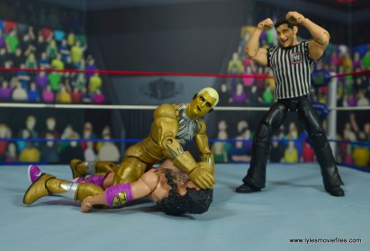 WWE Goldust figure review -pinning razor ramon