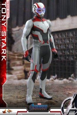hot toys avengers endgame tony stark team suit - in 2012