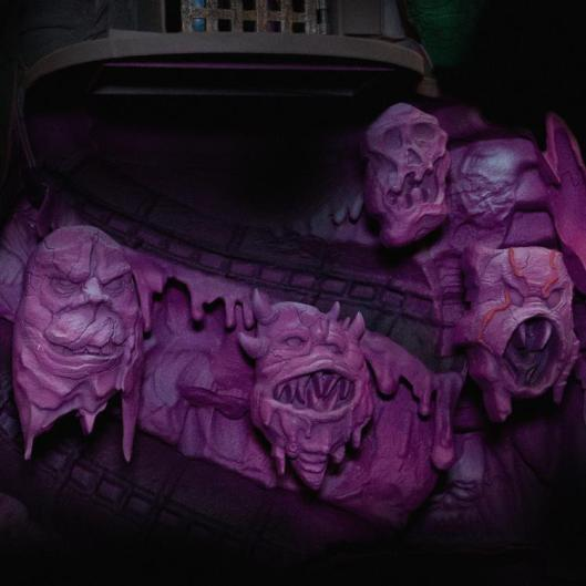 masters of the universe snake mountain playset - ghouls detail