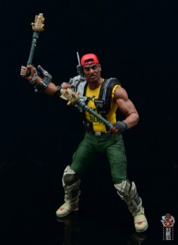 neca aliens sgt apone figure review - pineapple grenade staffs