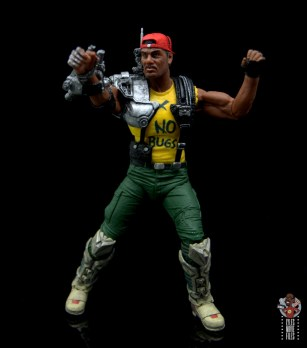 neca aliens sgt apone figure review - raising mechanical arm