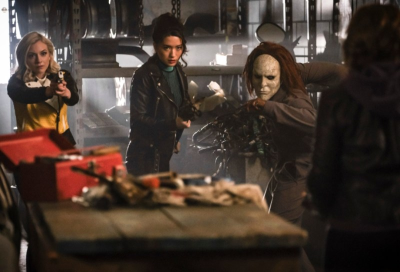 the flash - gone rogue review -bug eyed bandit, weather witch and rag doll