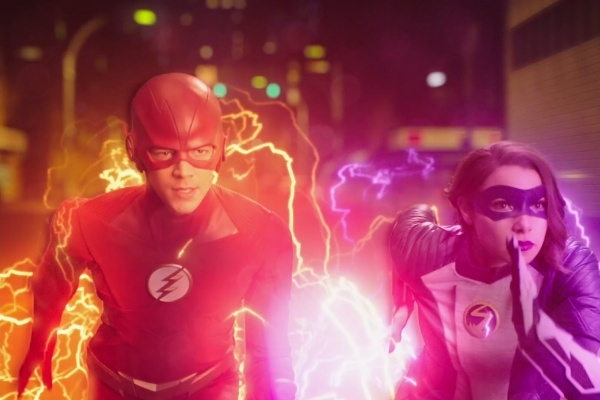 the flash - the girl with the red lightning review - the flash and xs