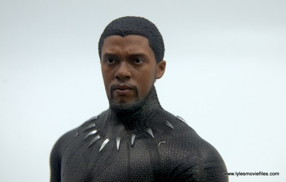 Hot Toys Black Panther figure review - unmasked head detail