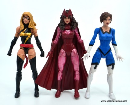 Marvel Legends Magneto, Quicksilver and Scarlet Witch figure review - scarlet witch scale with warbird and wasp