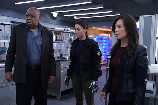 agents-of-shield-mising-pieces-review-benson-elena-and-may.