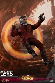 hot toys avengers infinity war star-lord figure - jumping into portal