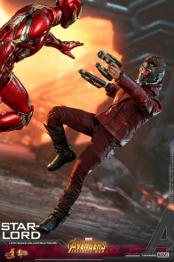 hot toys avengers infinity war star-lord figure - vs iron man