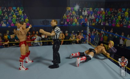 wwe build-a-figure jj dillon figure review - attacking magnum ta