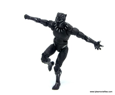 Marvel Legends Black Panther BAF Okoye figure review - about to pounce