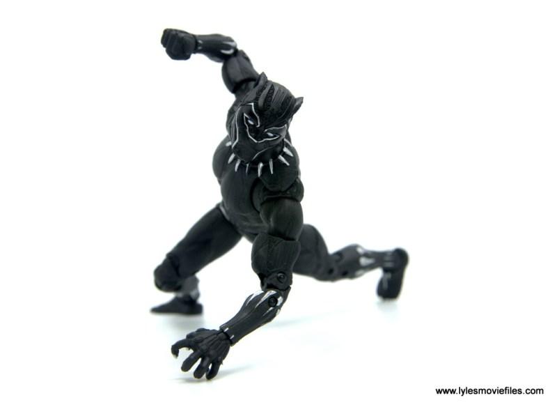 Marvel Legends Black Panther BAF Okoye figure review - going low