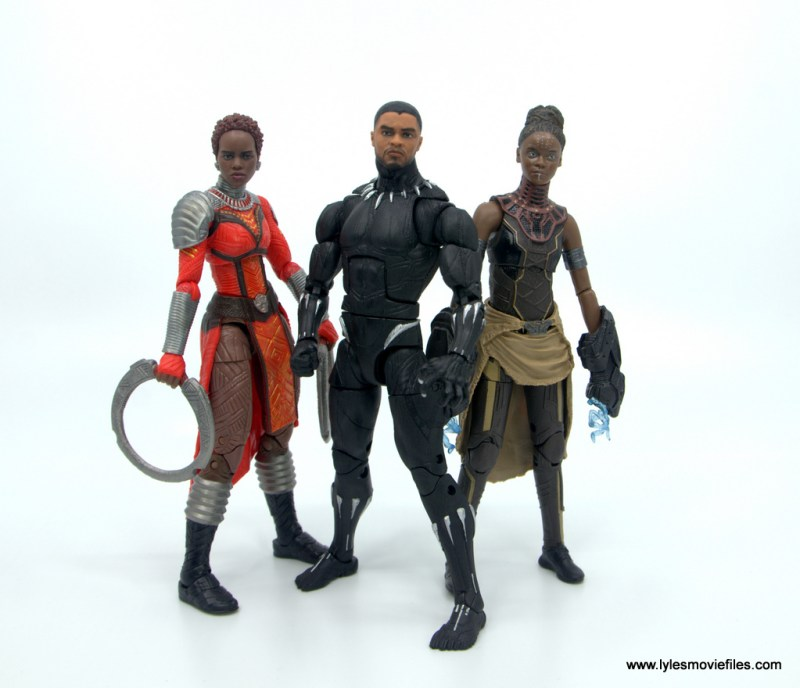 Marvel Legends Black Panther BAF Okoye figure review - with nakia and shuri