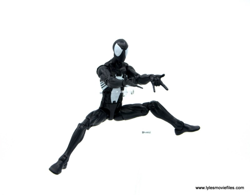 Marvel Legends Kraven and Spider-Man two-pack figure review - spider-man leaping