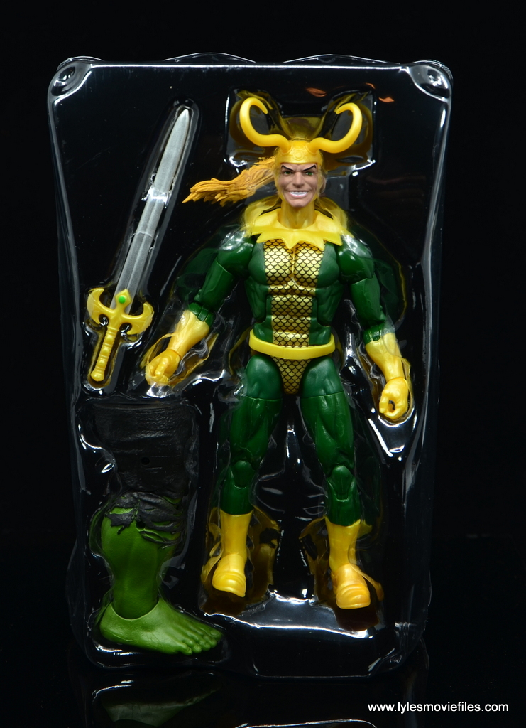 Marvel Legends Loki figure review - accssories in tray
