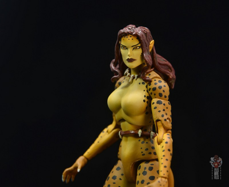 dc essentials cheetah figure review - ear detail