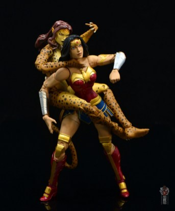 dc essentials cheetah figure review - jumping on wonder woman
