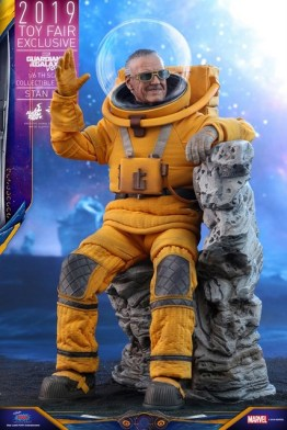 hot toys guardians of the galaxy vol. 2 stan lee figure - sitting on rocks