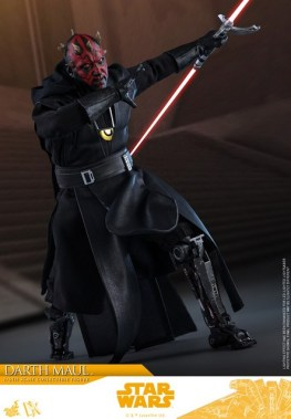 hot toys solo a star wars story darth maul figure - close up