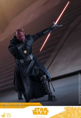 hot toys solo a star wars story darth maul figure - on the hunt