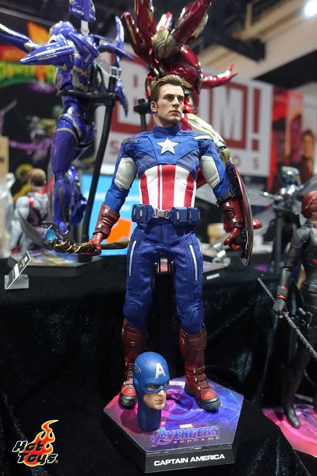 sdcc 2019 hot toys reveals - avengers endgame captain america original avengers attire figure
