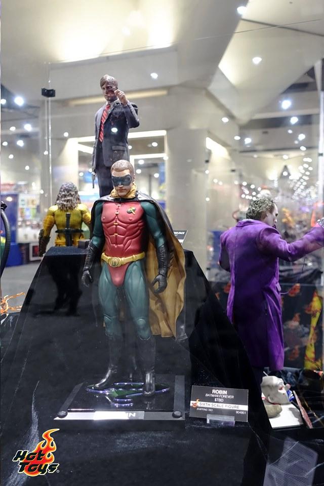 sdcc 2019 hot toys reveals - batman forever robin