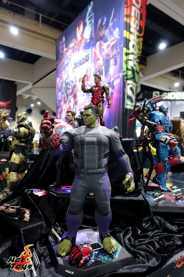 sdcc 2019 hot toys reveals - smart hulk