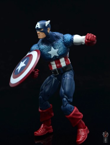 marvel legends captain america figure review 80th anniversary -bracing for attack