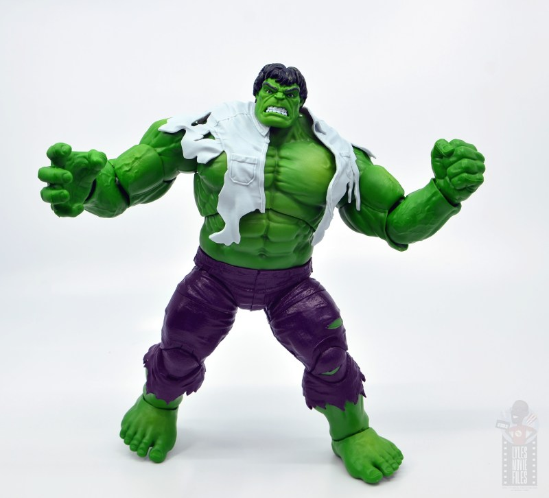 marvel legends hulk vs wolveringe figure review 80th anniversary - hulk with shirt on