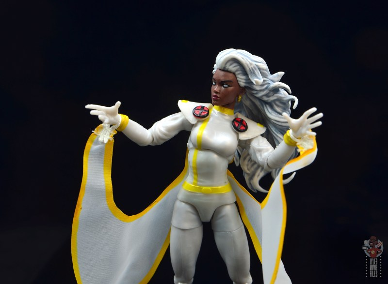 marvel legends storm figure review - cape movement