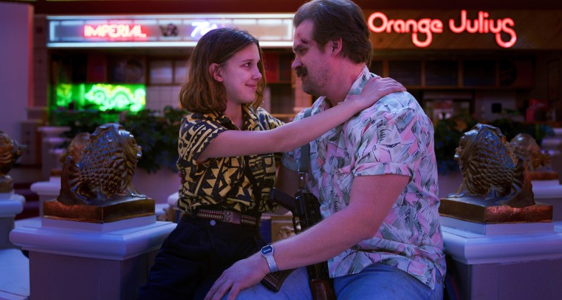 stranger things season 3 - elle and hopper