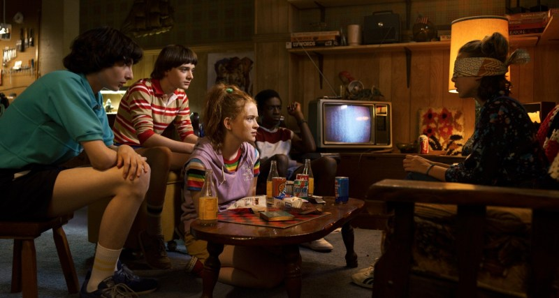 stranger things season 3 - mike, will, max, lucas and elle