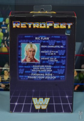 wwe retrofest ric flair figure review - package rear