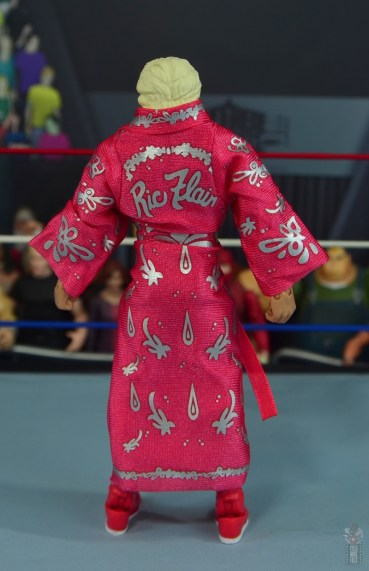 wwe retrofest ric flair figure review - robe rear