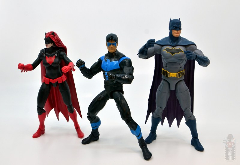 dc multiverse nightwing figure review - ready for battle with dc multiverse batwoman and dc essentials batman