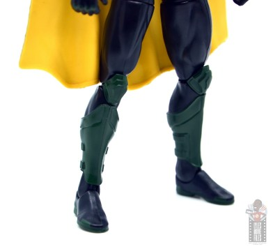 dc multiverse red robin figure review - boot detail