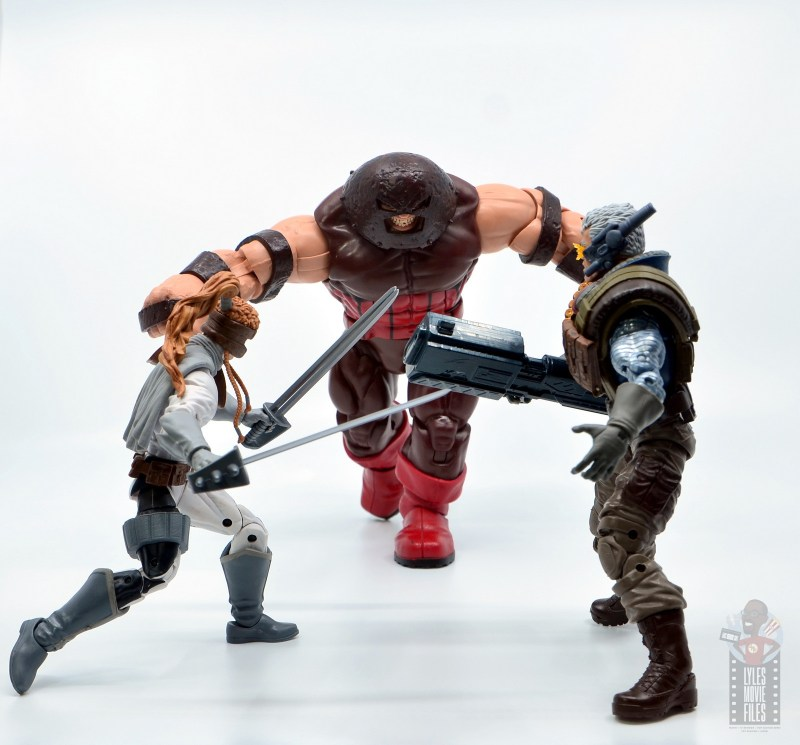 marvel legends cable figure review -with shatterstar vs juggernaut