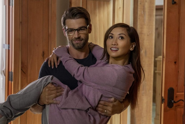 secret obsession movie review - mike vogel and brenda song