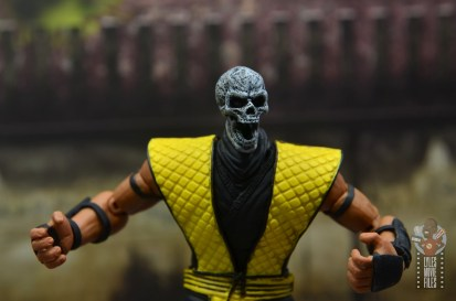 storm collectibles scorpion figure review - skull jaw open