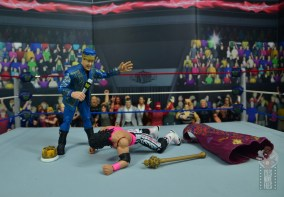 wwe bret hart king of the ring 1993 figure review - lawler leaves bret laying
