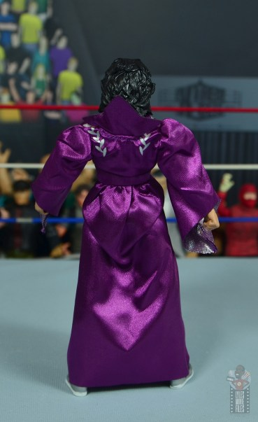 wwe elite sensational sherri figure review - robe rear