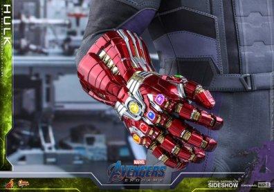 hot toys avengers endgame hulk figure -nano gauntley