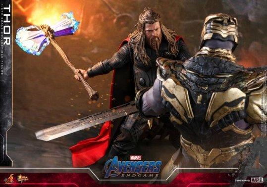 hot toys avengers endgame thor figure -preparing to fight
