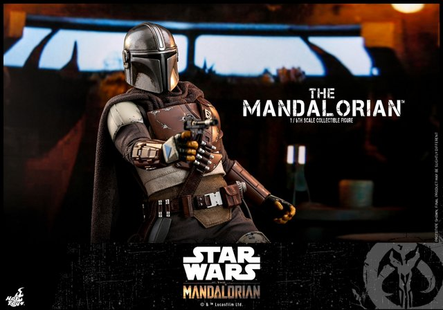 hot toys the mandalorian figure - aiming