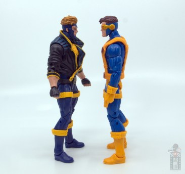 marvel legends havok and polaris figure review -havok facing cyclops