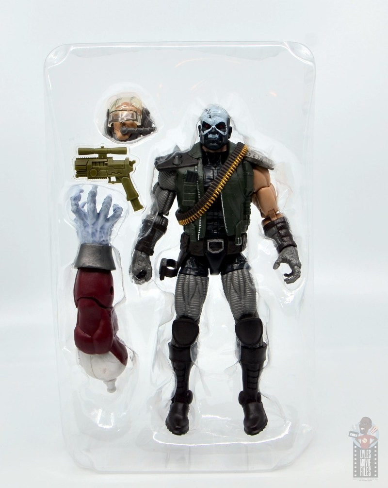 marvel legends skullbuster figure review - accessories in tray