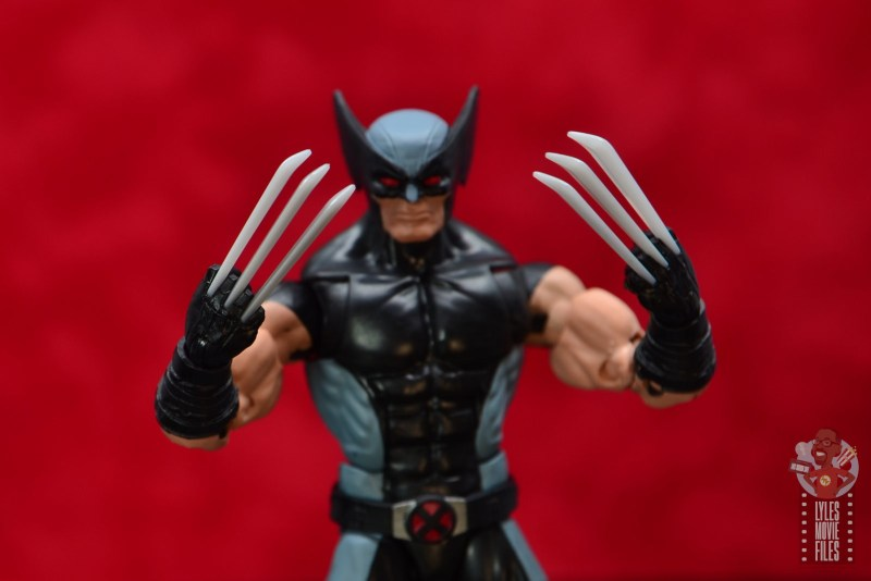 marvel legends x-force wolverine figure review - claw details