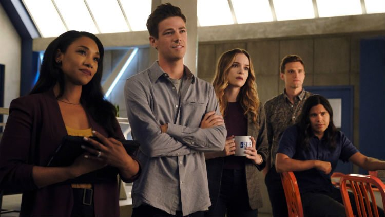 the flash into the void review -iris, barry, caitlin, ralph and cisco
