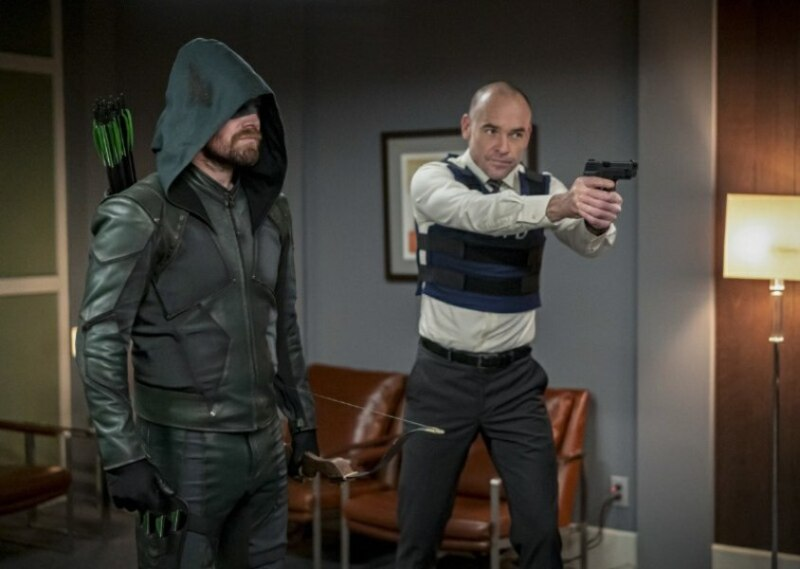 arrow reset review - green arrow and quentin